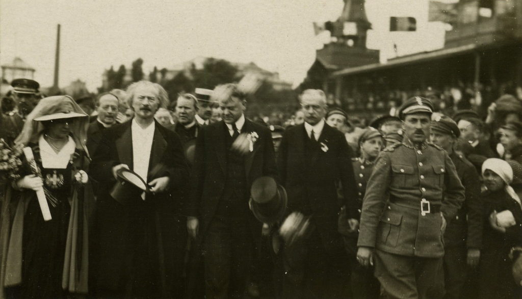 Herbert Hoover, Ignacy Paderewski and Helena Paderewski in Warsaw in August 1919