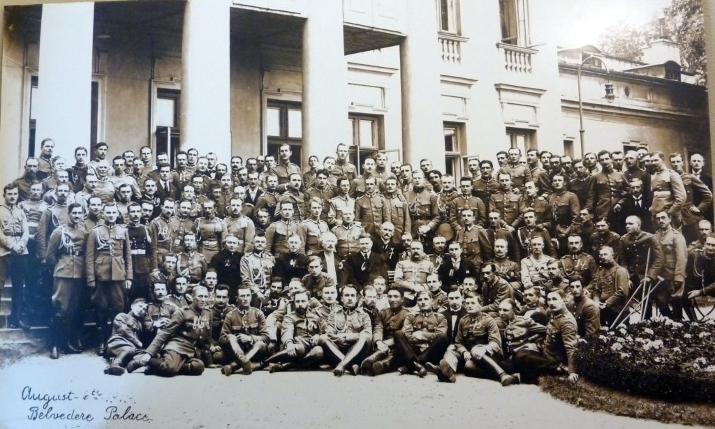 Hoover, Paderewski, Piłsudski, Gibson, others and Polish Army officers in front of the Belvedere Palace in Warsaw in August 1919